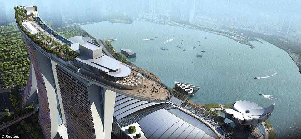 La vista por la borda: Representación artística de la muestra Skypark que encabeza la Marina Bay Sands torres, incluyendo la piscina
