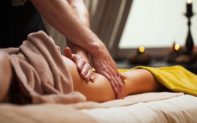 Efficacité des massages aux huiles essentielles