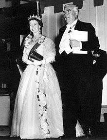 Elizabeth and Robert Menzies at a formal evening event