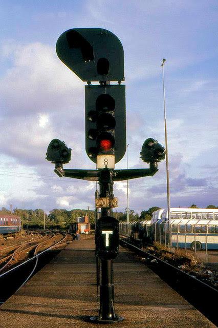 Colour Light Signal Coleraine Station Albert Bridge Cc