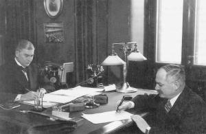 Soviet-finnish-nonaggression-pact-1932