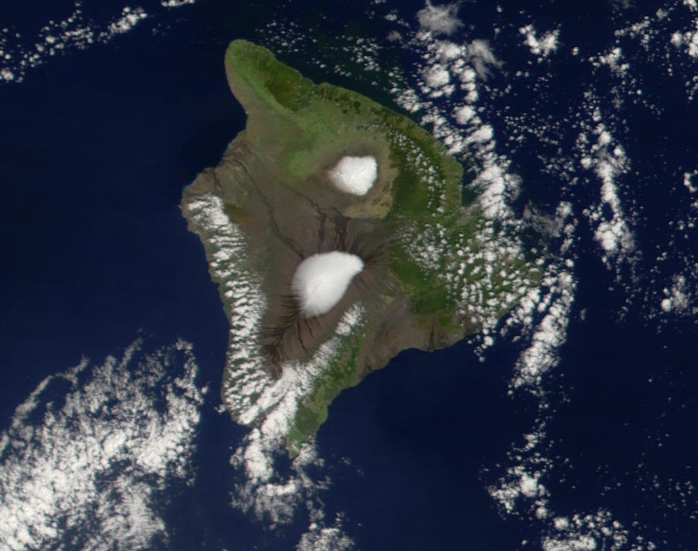http://upload.wikimedia.org/wikipedia/commons/f/fd/Mauna_Loa_Mauna_Kea.jpg