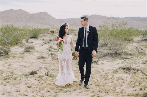 Destination Wedding in Joshua Tree: Anna   Michael   Green