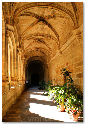 Claustro do convento de San Benito by VRfoto