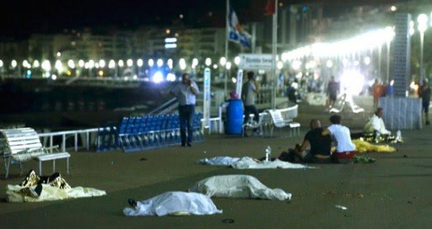 Truk Tabrak Kerumunan di Prancis, 70 Orang Tewas