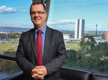 Dilma Rousseff nomeia Carlos Gabas para comandar a Aviação Civil