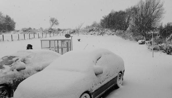Snow car Derry