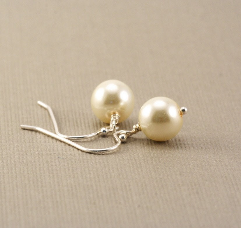 Pearl Earrings - Ivory Cream Sterling Silver