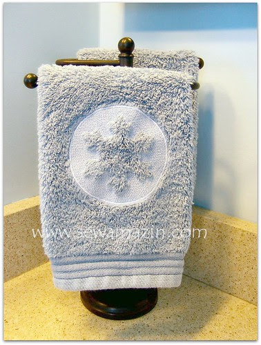 Embossed Snowflake Fingertip Towels