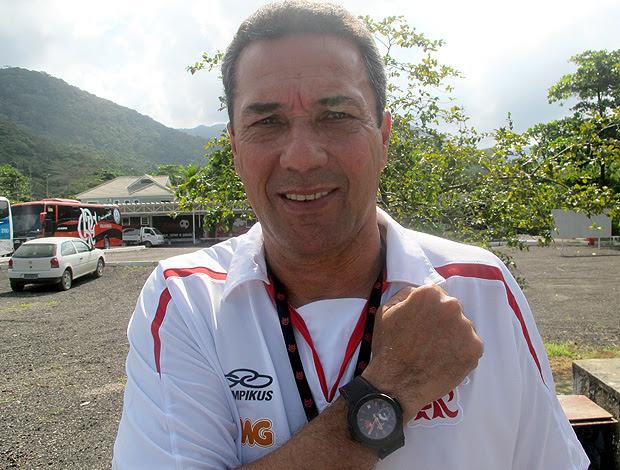Luxemburgo relógio Flamengo (Foto: Richard Souza / Globoesporte.com)