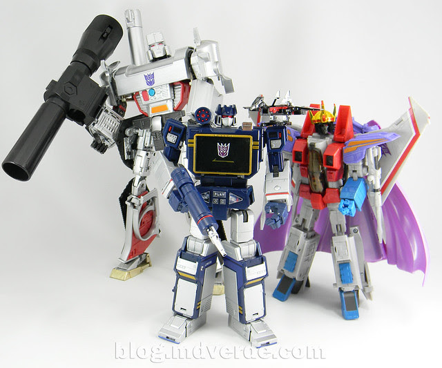 Transformers Soundwave Masterpiece - modo robot vs otros Masterpiece