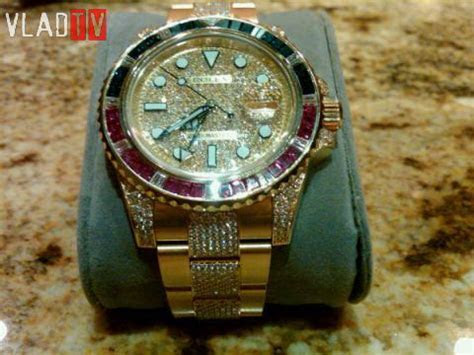 Floyd Mayweather Shows Off His Watch Collection, With