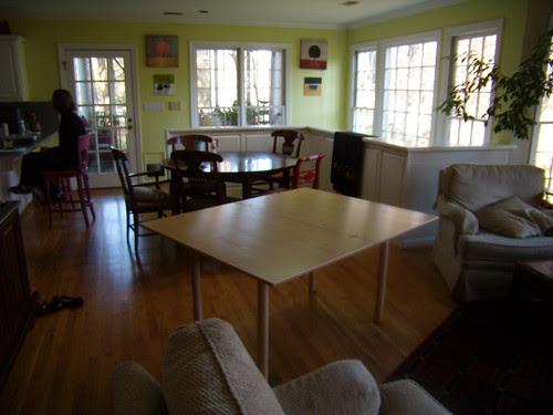 PB261908-2009-11-26-Thanksgiving-Two-Tables