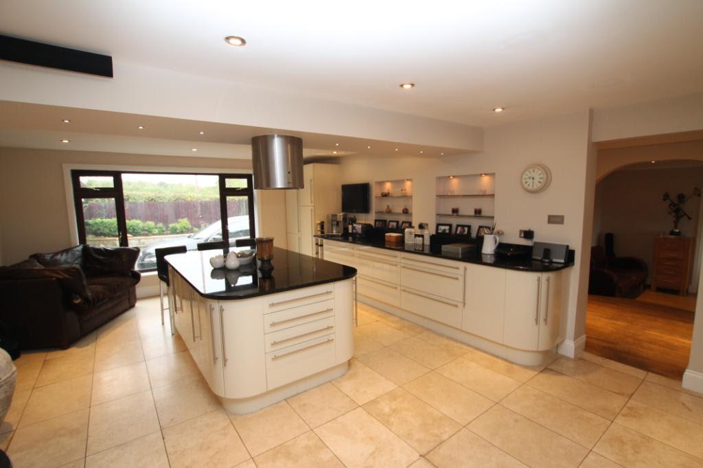 Sofa Kitchen Design Ideas, Photos & Inspiration ...
