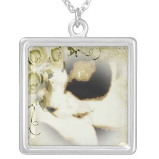 Snowshoe golden roses kitty square pendant necklace