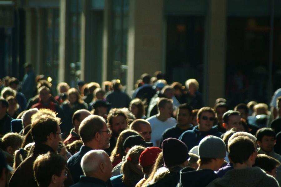 La sociedad se enfrenta constantemente a su autoorganización