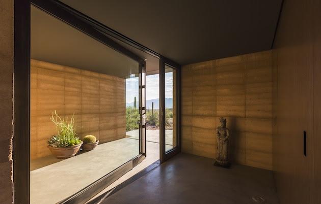 Gorgeous Contemporary Desert Based Mountain Home in Arizona