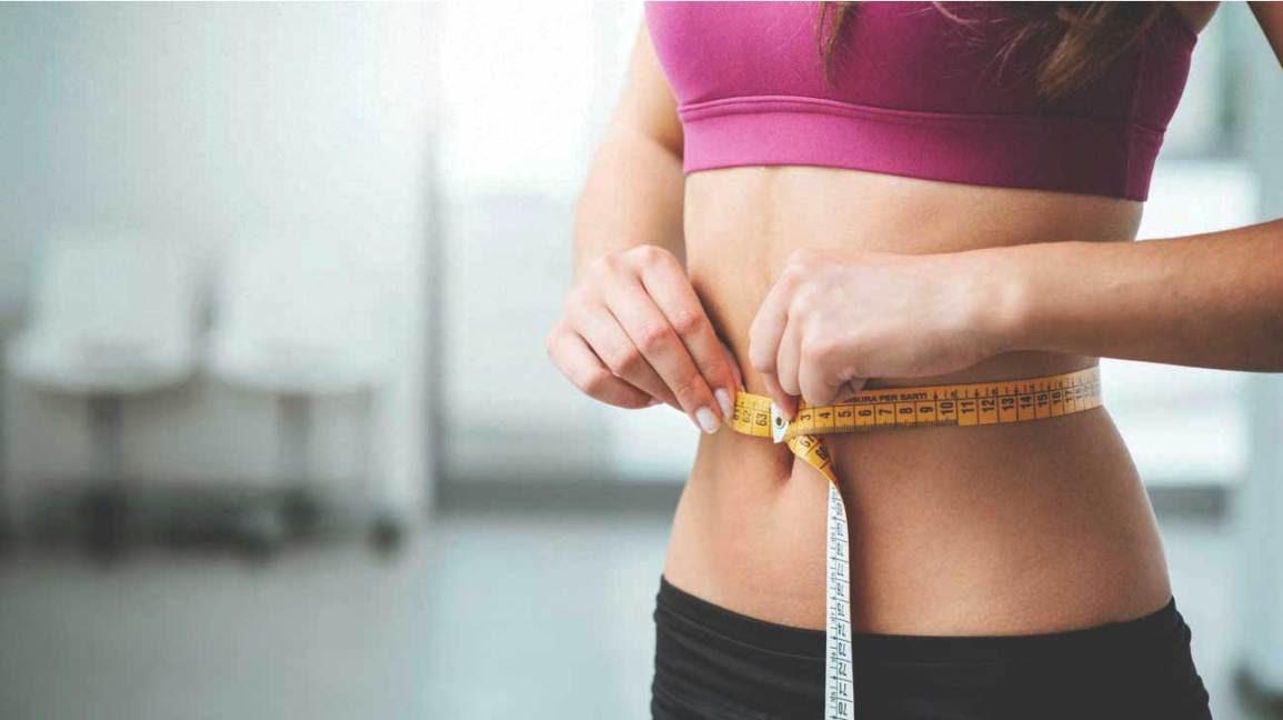 Woman, measuring, stomach