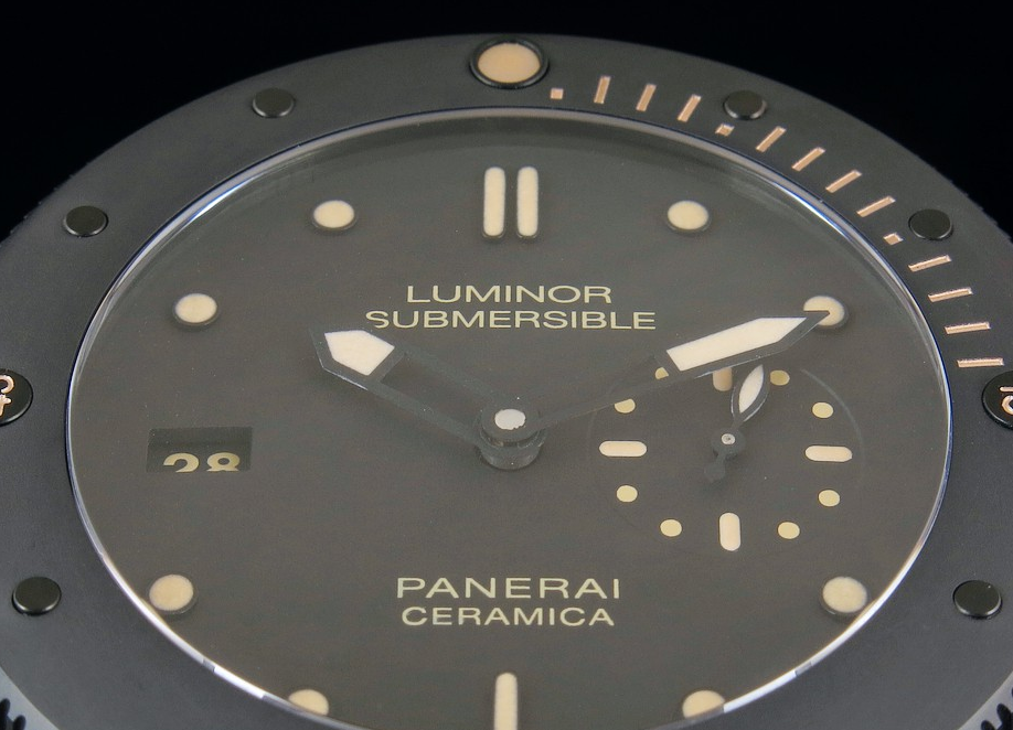 PAM 607 Dial