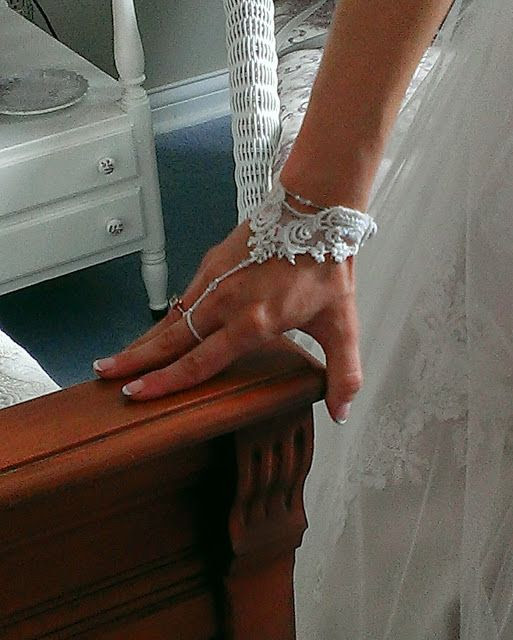 Jenny Schu's Beads, Yarn and Other Sundries: Shannon's Wedding Bracelet