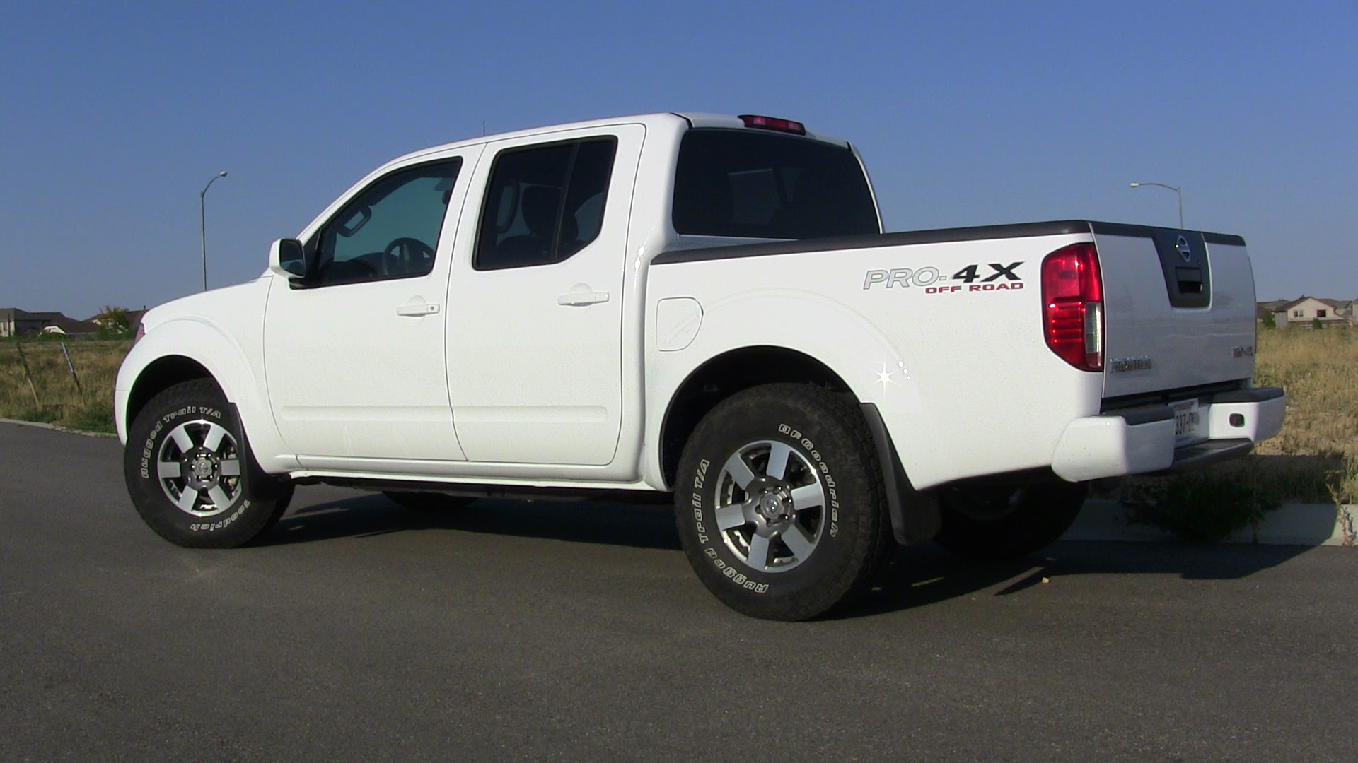 2012 Nissan Frontier Pro-4X: finding the sweet spot among mid-size ...