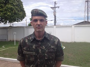 Tenente-coronel Alexandre Ribeiro (Foto: Dyepeson Martins/G1)
