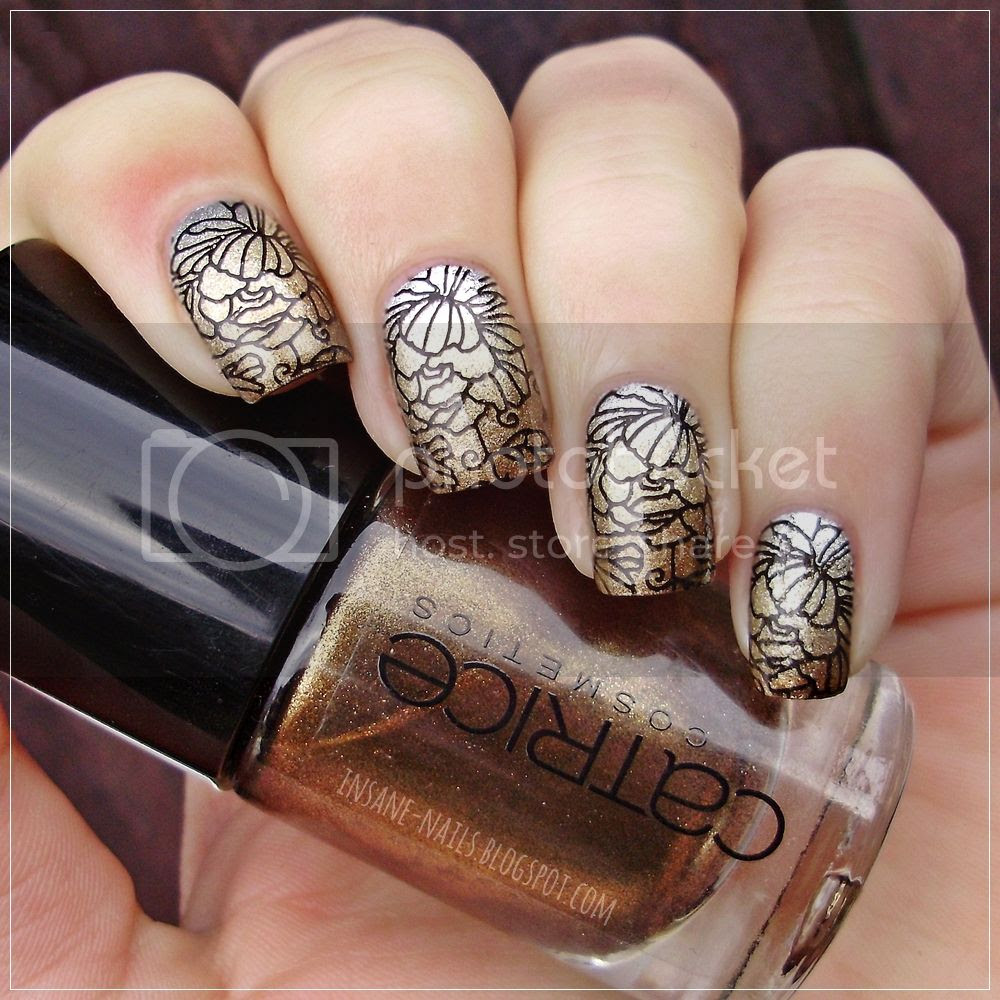 photo matching-manicures-metallic-nails-4_zpsv7dgvmxd.jpg