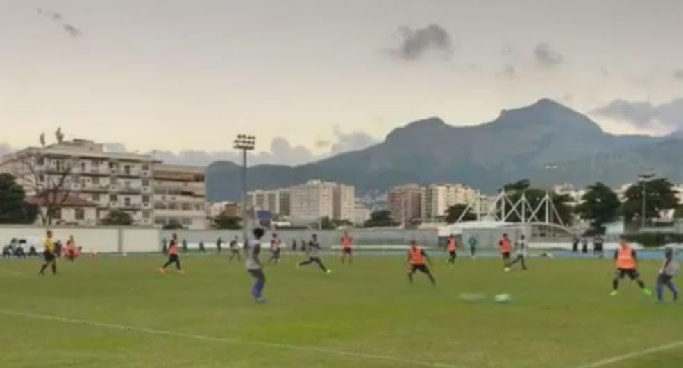 Jogo-treino com titulares das duas equipes terminou empatado (Foto: Divulgação / Site oficial Barra Mansa)