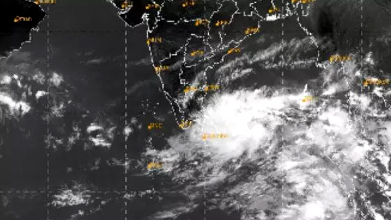 Nivar cyclone to intensify over next 48 hrs