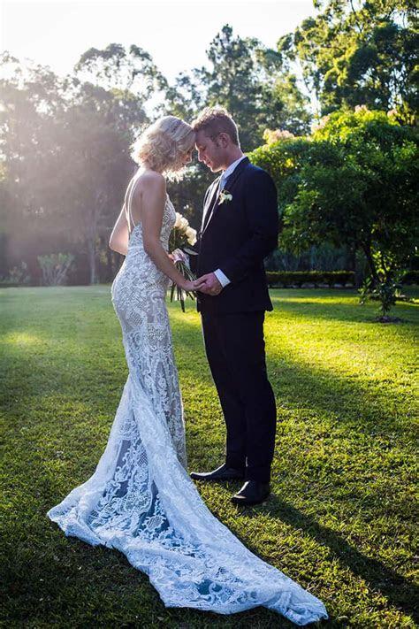 Elegant Garden Wedding Inspiration in White, Gold & Green
