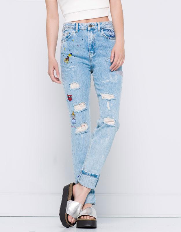 Pull&Bear - denim - jeans - jeans mom fit dibujos - azul clar - 09686308-V2016
