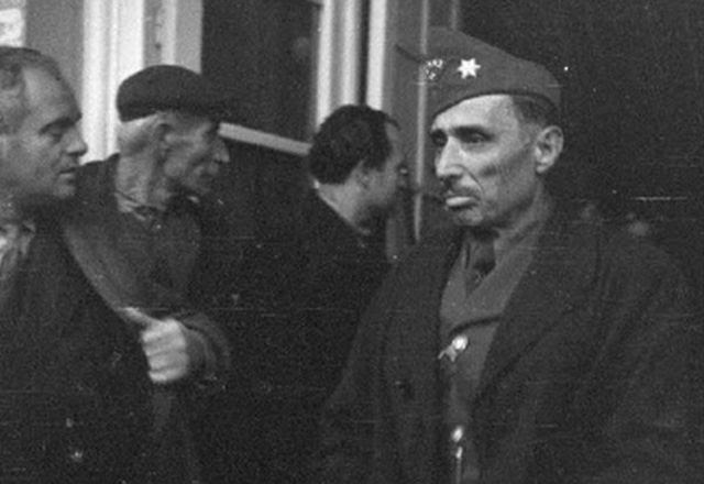 Ο στρατηγός Γεράσιμος Αυγερόπουλος, διοικητής της 8ης Μεραρχίας του ΕΛΑΣ, όπου υπαγόταν το 4/15 μικτό τάγμα.