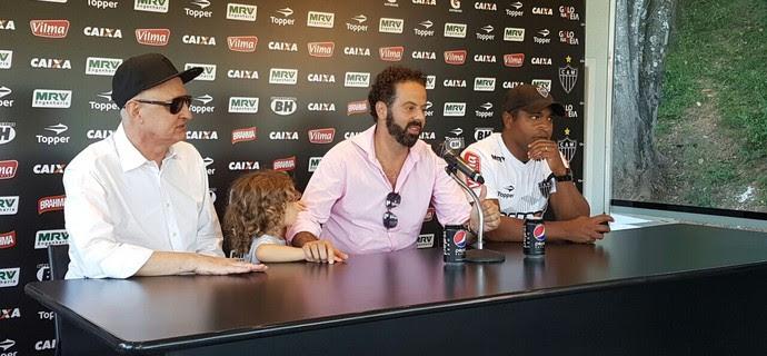 Eduardo Maluf; Daniel Nepomuceno; Roger Machado; do Atlético-MG (Foto: Rafael Araújo)