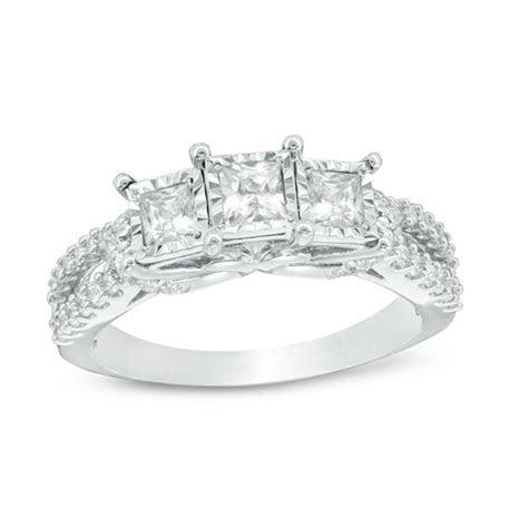 0.95 CT. T.W. Princess Cut Diamond Past Present Future