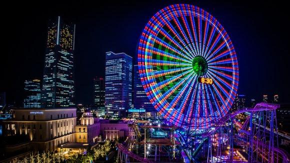 http://www.infojepang.net/wp-content/uploads/Bianglala-di-Yokohama-Cosmo-World.jpg