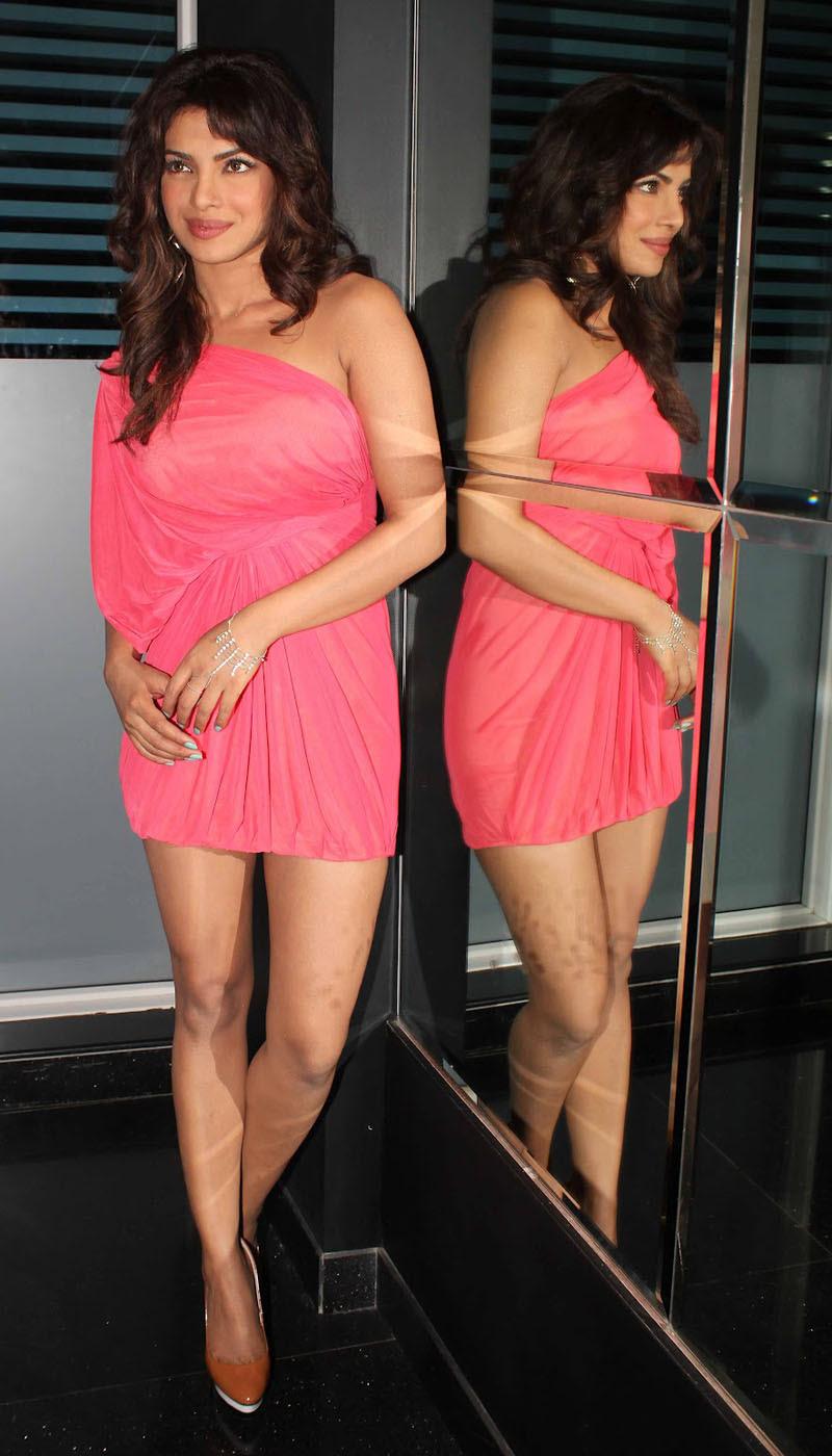priyanka-chopra-pink-see-through-mini-dress-11