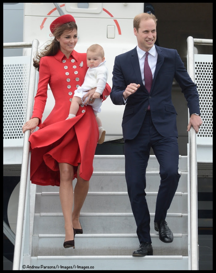 http://whatkatewore.com/wp-content/uploads/2014/04/Kate-William-George-Wellington-Airport-Arrival-Red-Catherine-Walker.jpg