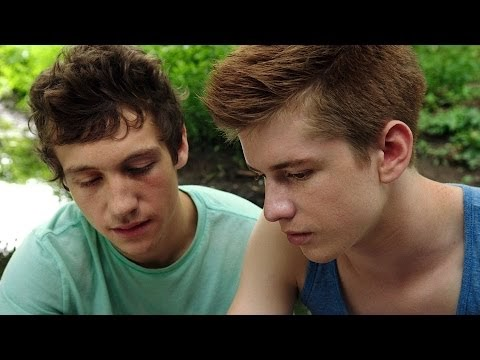 молодые геи фото