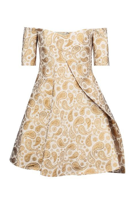50 Guest Dresses For a Winter Wedding   What To Wear As