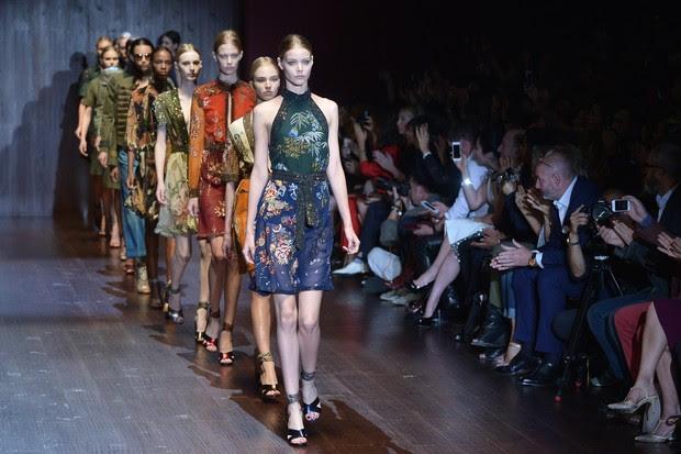 Desfile Gucci na semana de moda de Milão (Foto: AFP)