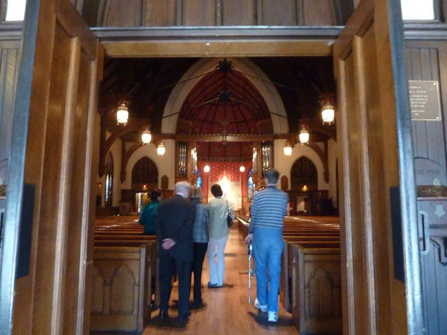 P1080551-2011-03-13-Phoenix-Flies-All-Saints-Episcopal-Church-Atlanta