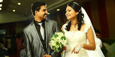 Best Wedding Dress Ideas For Kerala Groom   WhyKol