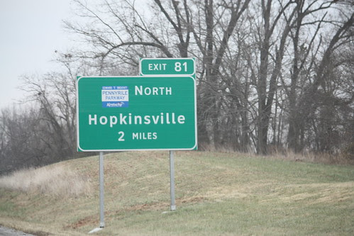 New guide sign for Pennyrile Parkway on I-24 East
