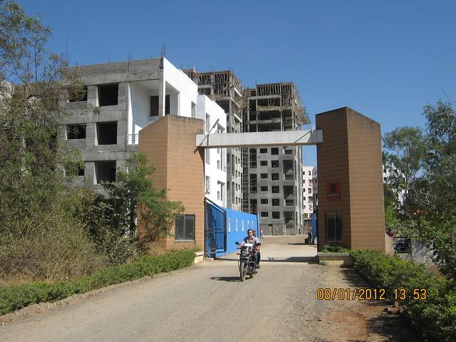 Al-Track Group's Zig Solis, Ziggurat Phase 2, 2 BHK & 2.5 BHK Flats on Katraj Dehu Road Bypass at Ambegaon Budruk, Pune 411 046 IMG_9199