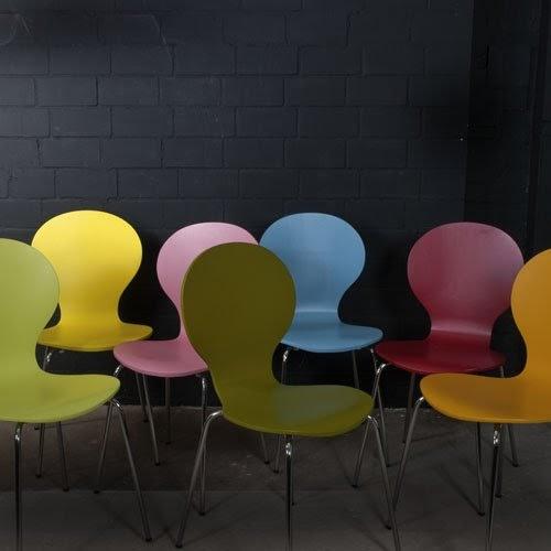 Ngbrtrde 4 st ck design klassiker stuhl stockholm for Holzstuhl klassiker