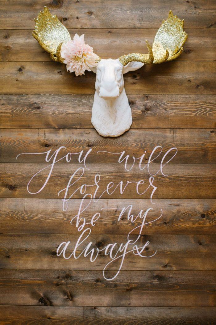 ide calligraphy ini cocok untuk diy dekorasi pernikahan