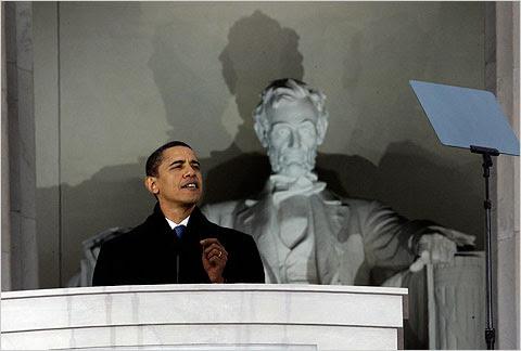 http://graphics8.nytimes.com/images/2009/01/18/us/politics/obamalincolnmemorial480.jpg
