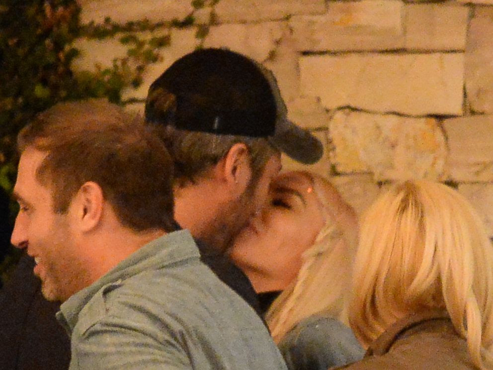 PHOTO: Blake Shelton and Gwen Stefani are seen in West Hollywood, Calif., Dec. 8, 2015.