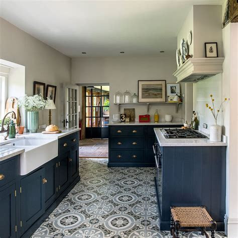 kitchen flooring ideas   floor  hard wearing