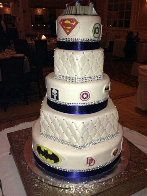 Superman wedding cake   idea in 2017   Bella wedding